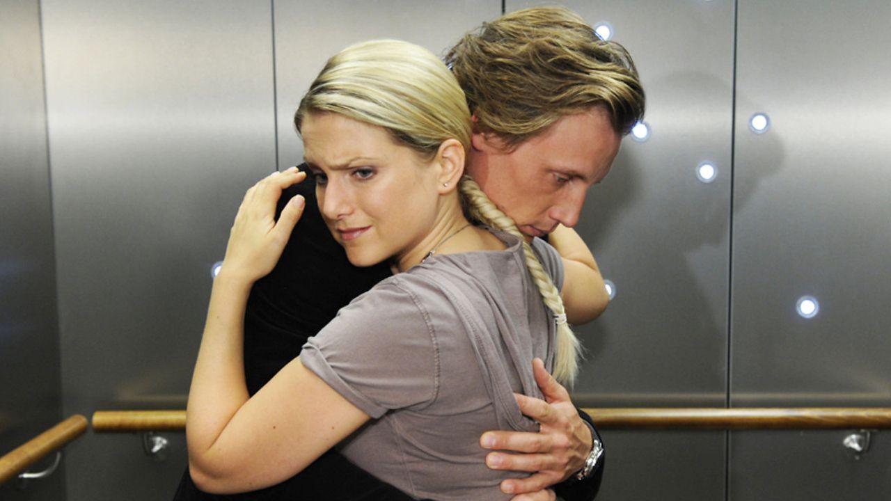Anna-und-die-Liebe-Folge-754-01-Sat1-Claudius-Pflug - Bildquelle: SAT.1/Claudius Pflug