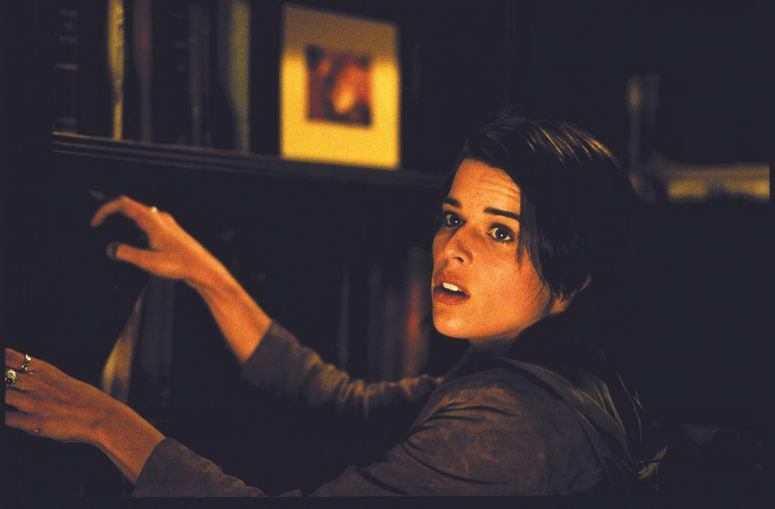 Die Schrecken der Vergangenheit holen die junge Sidney (Neve Campbell) wieder ein ... - Bildquelle: Miramax Films