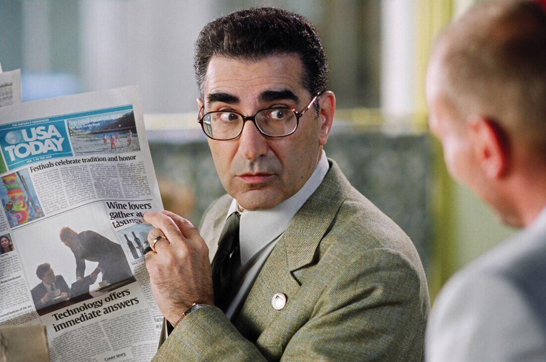 Nichtsahnend gerät der tollpatschige und stets quasselnde Andy Fiddler (Eugene Levy) mitten in eine verbrecherische Aktion. Der Boss einer Waffenh - Bildquelle: 2005 Warner Brothers