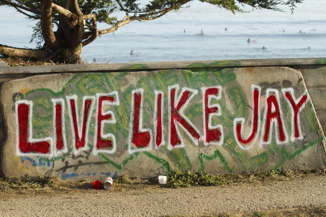 """""""Live Like Jay"""" - ein Aufruf zu mehr Mut, Liebe und Demut und gleichzeitig eine Hommage an den aus Santa Cruz stammenden Surfer Jay Moriarity, der e... - Bildquelle: TM & COPYRIGHT   2011 Twentieth Century Fox Film Corporation and Walden Media, LLC. All Rights Reserved. Not for Sale or Duplication."""