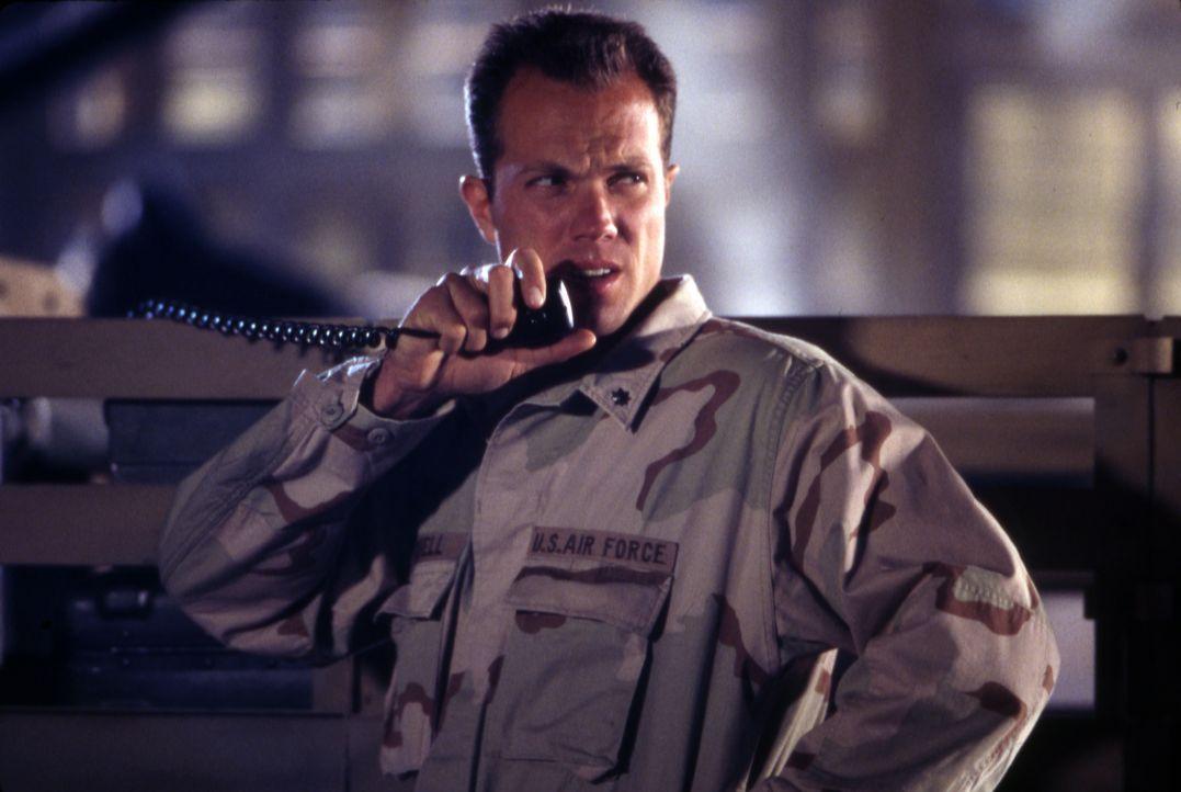 Major Mitchell (Adam Baldwin) - Bildquelle: 1996 Twentieth Century Fox Film Corporation.  All rights reserved.