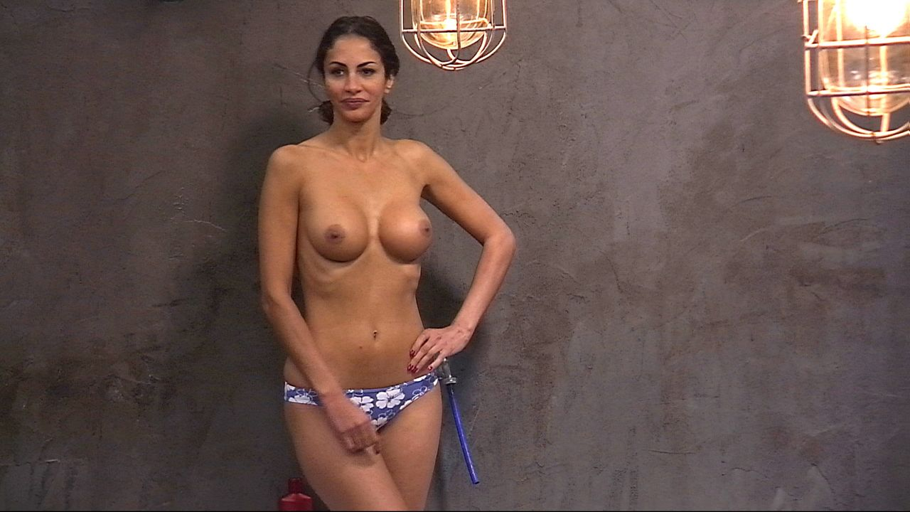 Big brother uk girls topless — pic 2