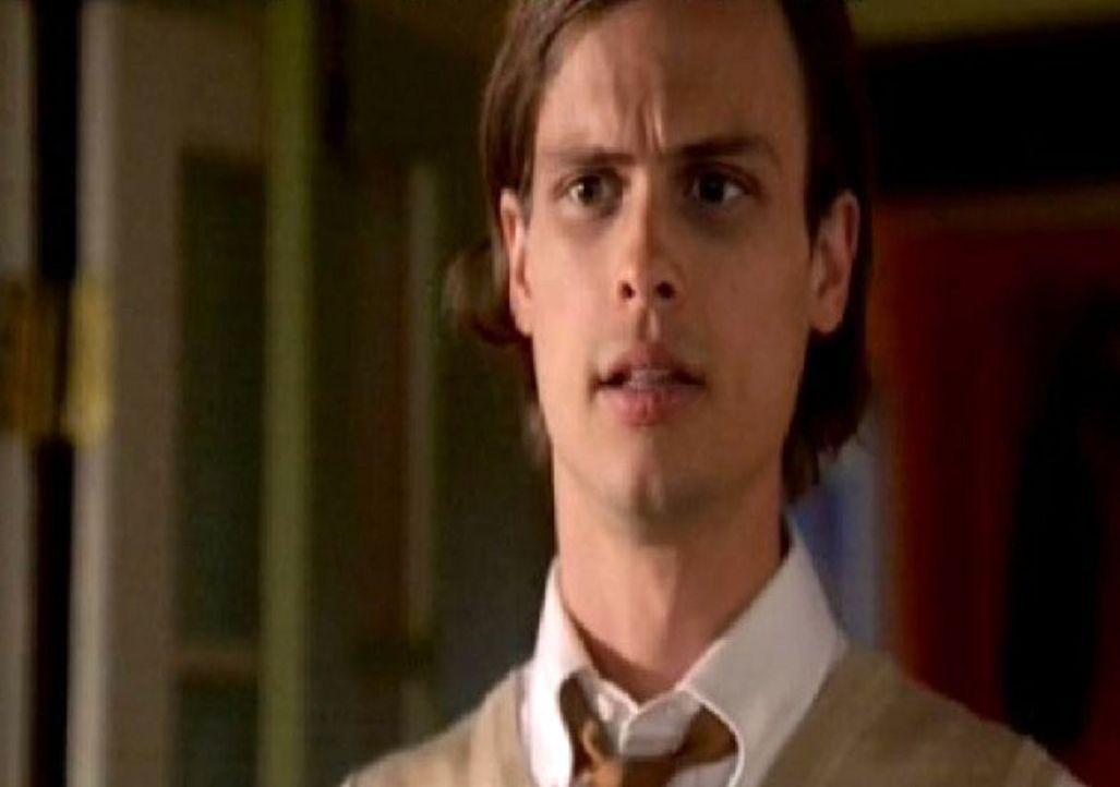 Detective Reid (Matthew Gray Gubler) wird für den Schutz  Schauspielerin abgestellt. - Bildquelle: Touchstone Television