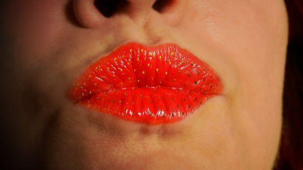 lips-1773141_1920