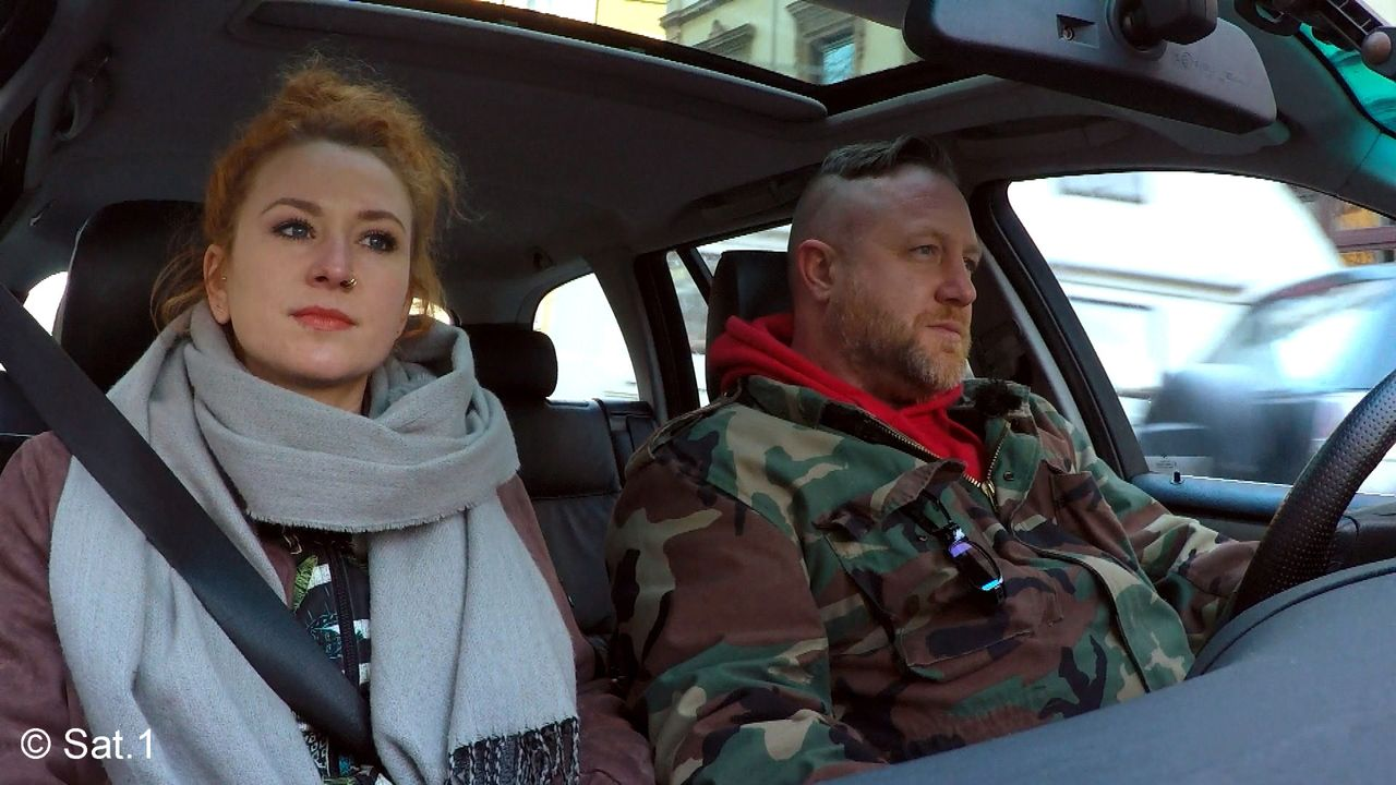 Detektiv Fabian und Assistentin Rieke verfolgen eine neue Spur - Bildquelle: SAT.1
