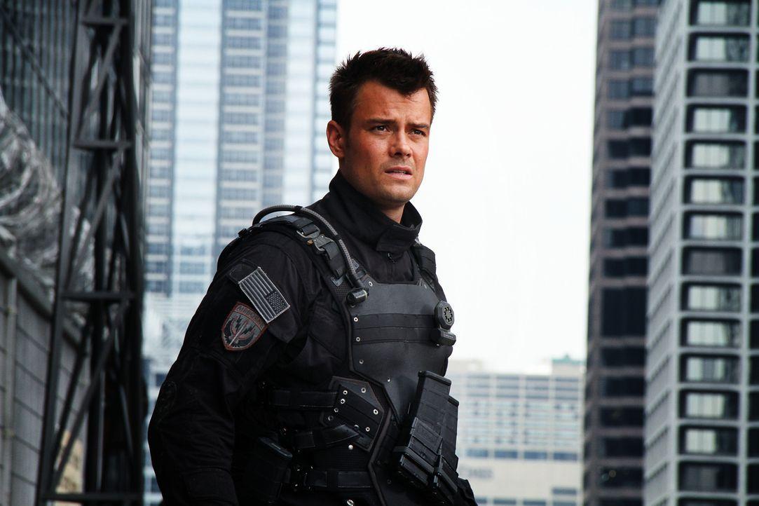 Muss sich einem Kampf auf Leben und Tod stellen: Captain William Lennox (Josh Duhamel) ... - Bildquelle: 2010 Paramount Pictures Corporation.  All Rights Reserved.