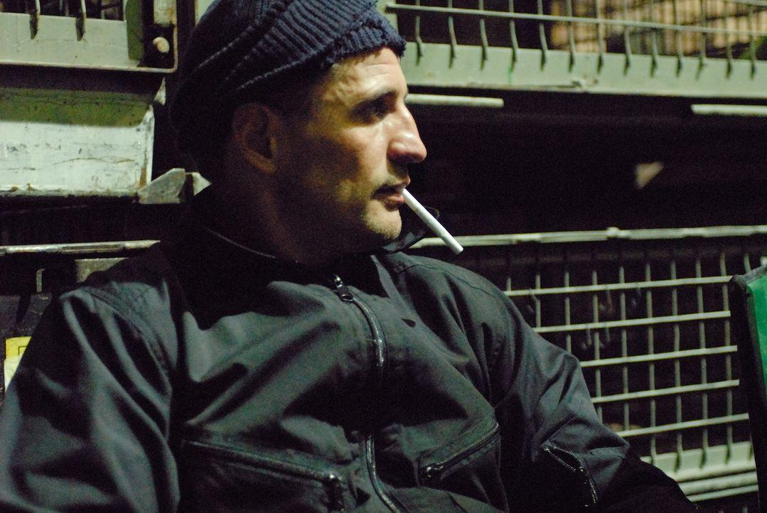 """Wird sein Plan aufgehen? Oswald """"Ossi"""" Schneider (Tim Wilde) ... - Bildquelle: Universum Film (UFA)"""