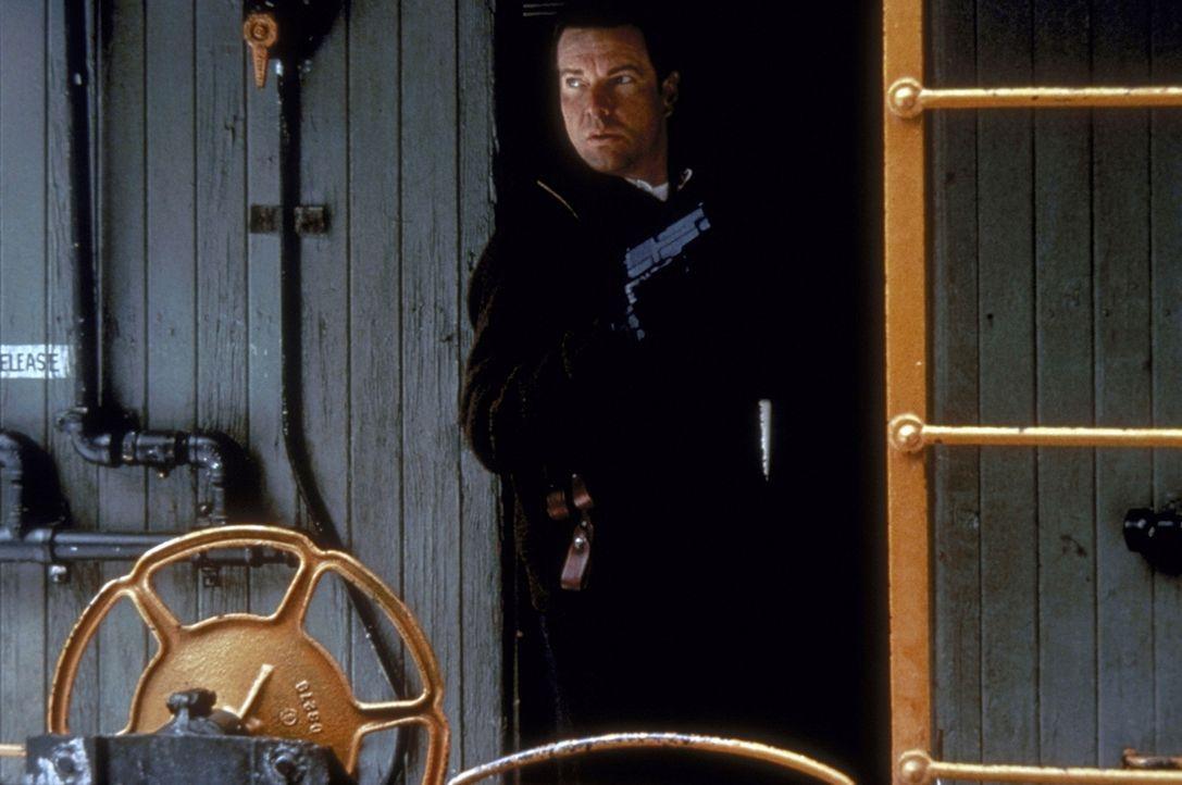 Ein Mord in einem Motel in Amarillio ruft indessen FBI-Mann LaCrosse (Dennis Quaid ) auf den Plan, der einem Serienkiller und Entführer seines Sohne... - Bildquelle: Paramount Pictures