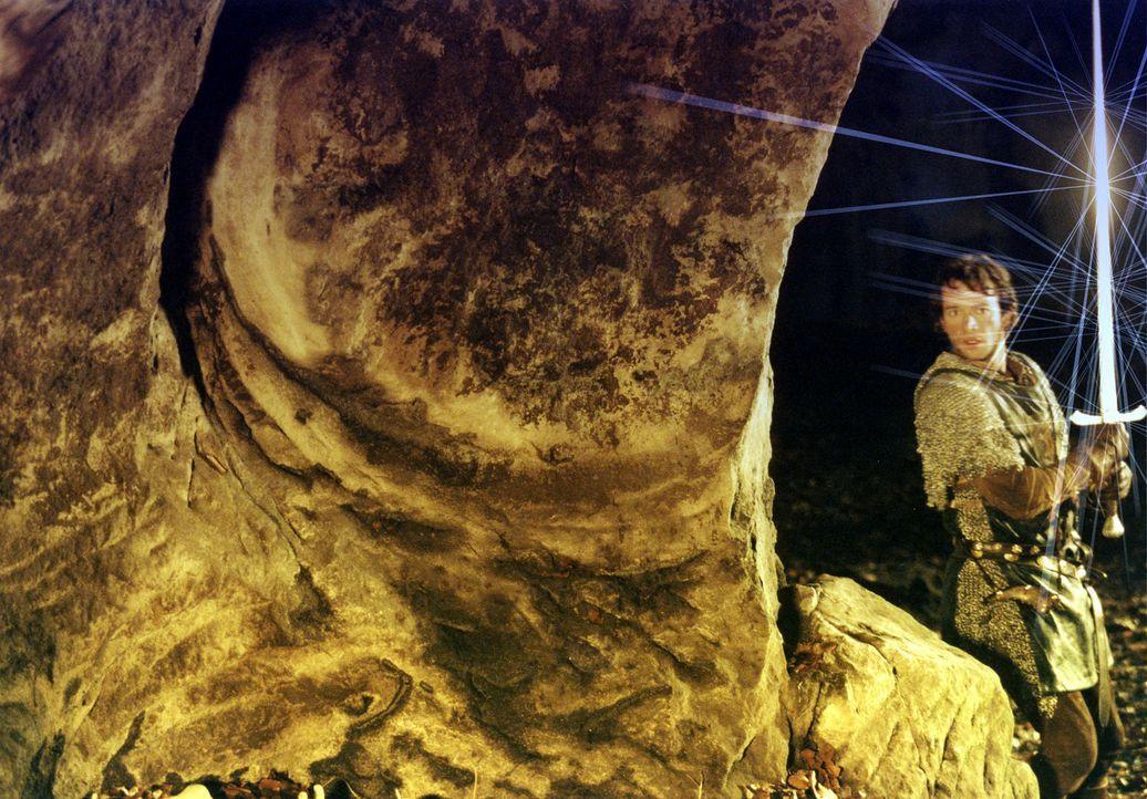 England, 12. Jahrhundert: Der edle Kreuzritter George (James Purefoy) muss sich mit Drachen, hemmungslosen Rivalen und einer schönen Maid herumschl... - Bildquelle: ApolloMedia