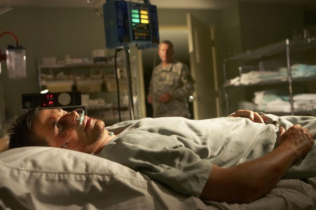 Nachdem Ted Cogan (Rob Lowe) aus dem Koma erwacht, ist nichts mehr wie früher ... - Bildquelle: Licensed by Falcom Media Group AG