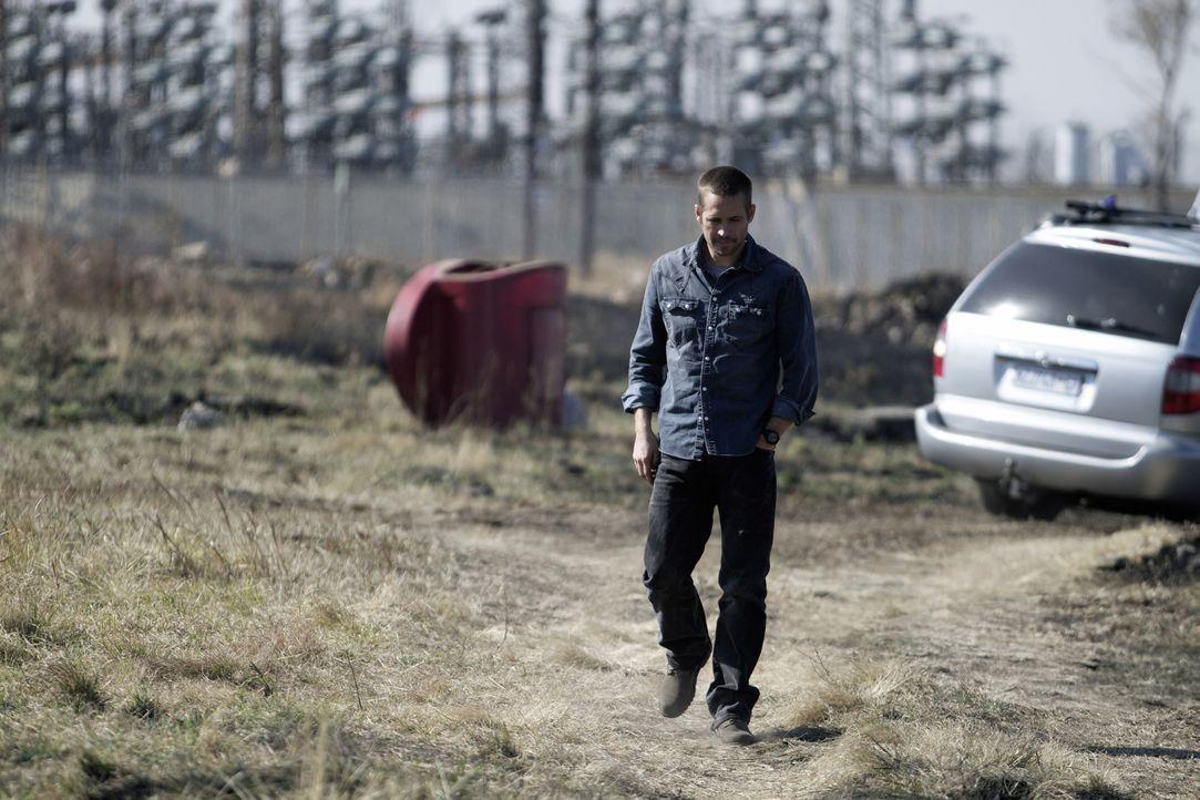 Michael (Paul Walker) ist hin und her gerissen: Er will keinen Ärger, fühlt sich aber verpflichtet, für Gerechtigkeit zu sorgen. - Bildquelle: Studiocanal GmbH