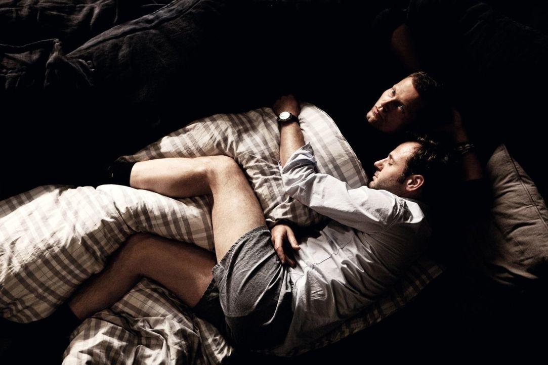 Muss Magdalena sich jetzt zwischen Henry (Til Schweiger, l.) und Tristan (Samuel Finzi, r.) entscheiden? - Bildquelle: 2012 Warner Brothers