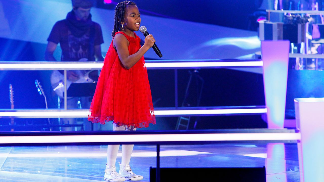 The-Voice-Kids-epi05-Chelsea-3-SAT1-Richard-Huebner - Bildquelle: SAT.1/Richard Hübner