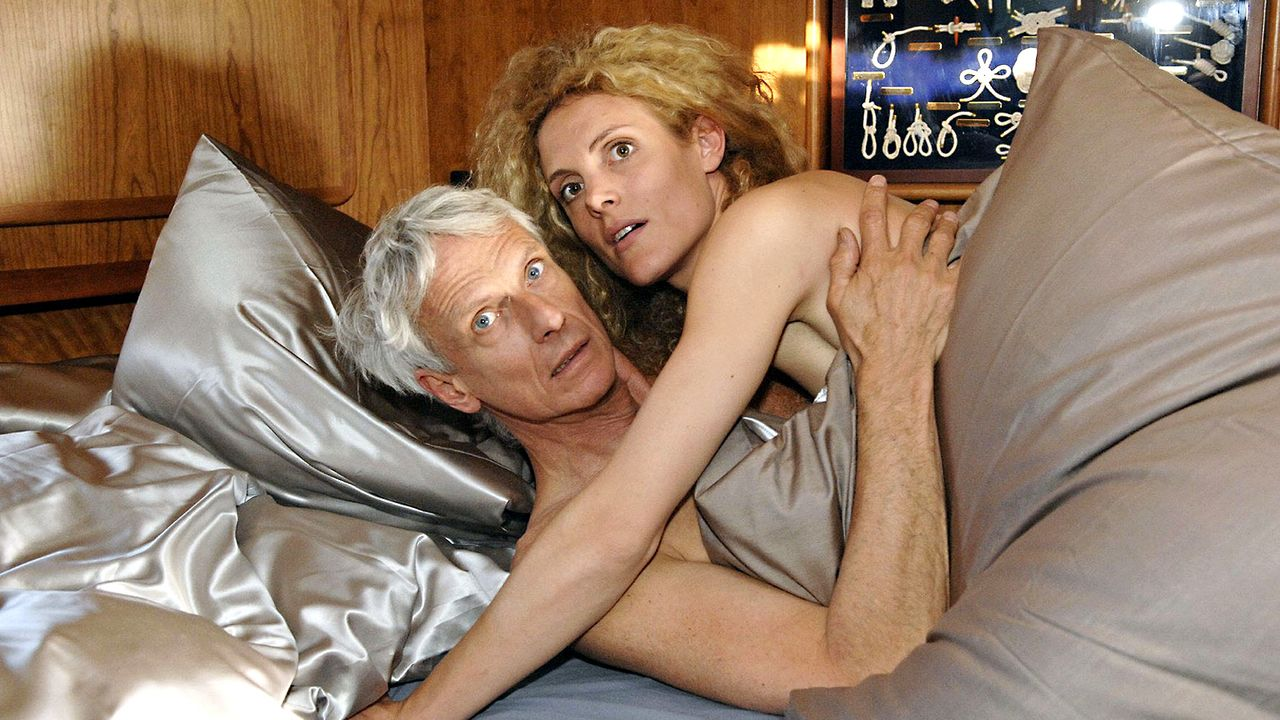 Anna-und-die-Liebe-Folge-09-Bild-3-Claudius.Pflug-Sat.1 - Bildquelle: Sat.1/Claudius Pflug