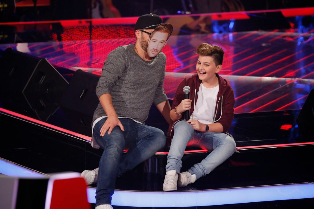 The-Voice-Kids-s04e02-Merdan-1-SAT1-Richard-Huebner - Bildquelle: © SAT.1/ Richard Hübner