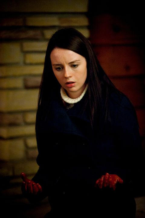 Was hat Abigail (Kacey Rohl) getan? - Bildquelle: Brooke Palmer 2012 NBC Universal Media, LLC