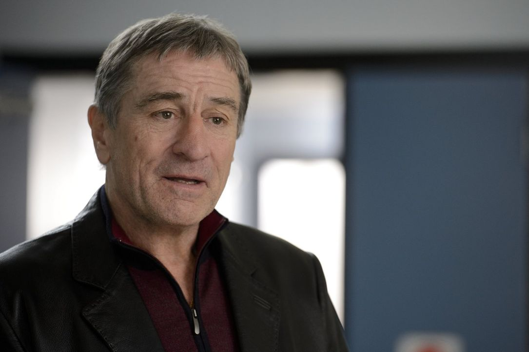 """Der Ex-Boxer Billy """"The Kid"""" McDonnen ist immer noch wütend auf seinen früheren Rivalen Henry """"Razor"""" Sharp, weil dieser vor 30 Jahren von einem Kam... - Bildquelle: 2013 Warner Brothers"""