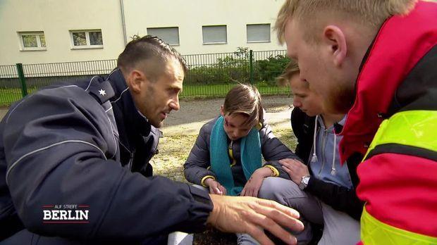 Auf Streife - Berlin - Auf Streife - Berlin - 12-jähriger Läuft Betrunken Auf Die Straße