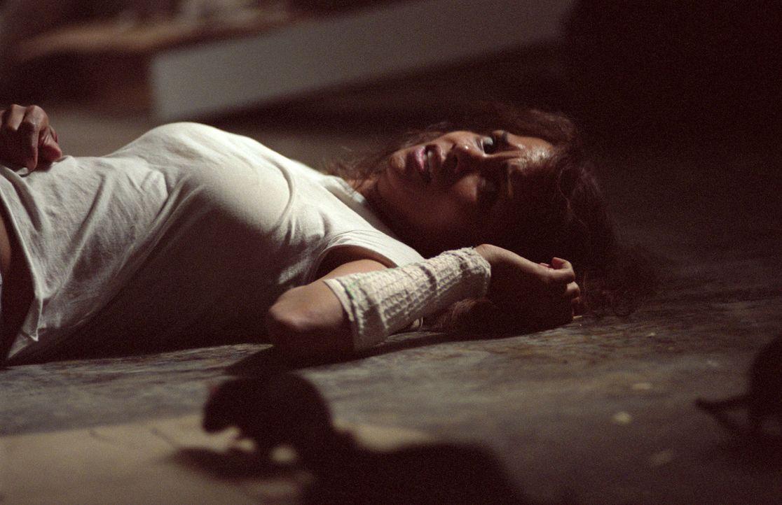 Für jede Störung des Geistes gibt es eine vernünftige Erklärung. Davon ist Dr. Miranda Grey (Halle Berry), Kriminalpsychologin im Woodward-Fraue... - Bildquelle: 2004 Sony Pictures Television International. All Rights Reserved.