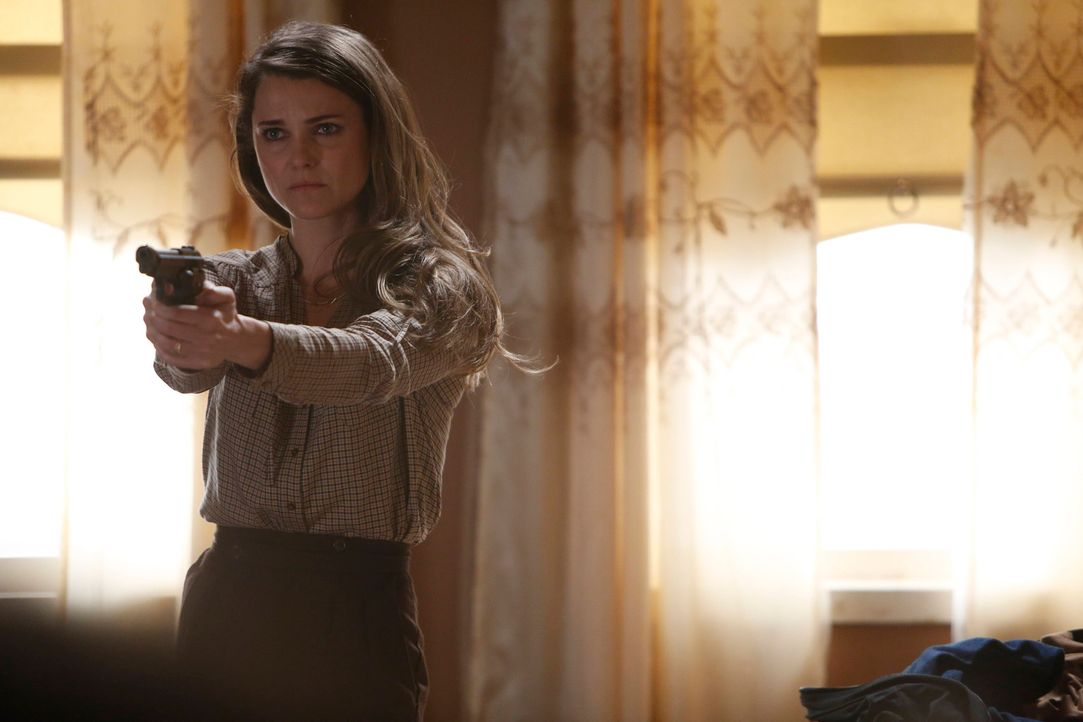Wem kann Elizabeth (Keri Russell) überhaupt noch trauen? - Bildquelle: Motion Picture   2013 Twentieth Century Fox Film Corporation and Bluebush Productions, LLC. All rights reserved.