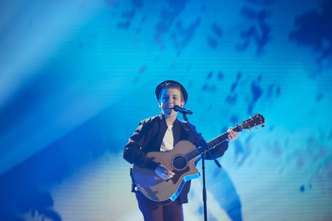 Möchte mit seinem Gesang überzeugen: Henry Gallagher ... - Bildquelle: Stefan Hobmaier SAT.1