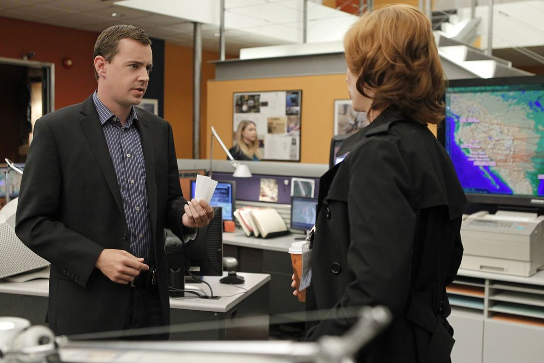 Gemeinsam arbeiten sie an einem neuen Fall: Agent Abigail Borin (Diane Neal, r.) und McGee (Sean Murray, l.) ... - Bildquelle: CBS Television