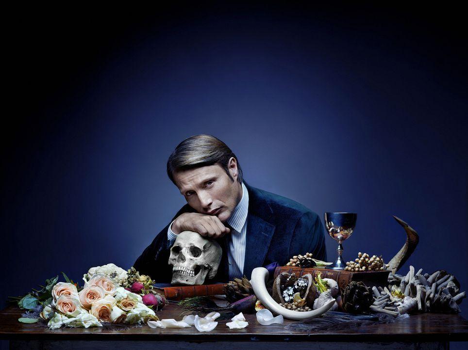 (1. Staffel) - Er ist ein echter Feinschmecker, dennoch ist die Auswahl der Speisen von Dr. Hannibal Lecter (Mads Mikkelsen) nicht jedermanns Sache... - Bildquelle: Robert Trachtenberg 2013 NBCUniversal Media, LLC
