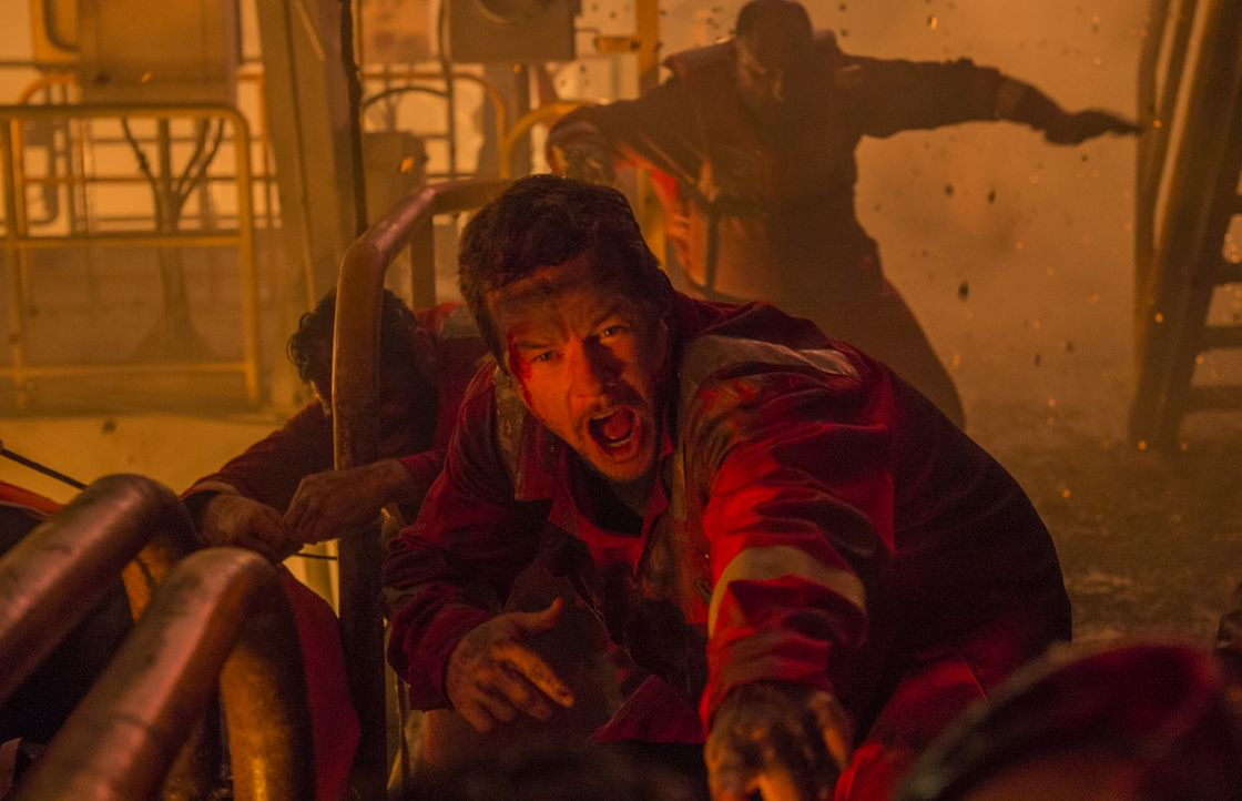 Kämpft ums Überleben: Mike Williams (Mark Wahlberg) ... - Bildquelle: Enrique Chediak Studiocanal / Enrique Chediak