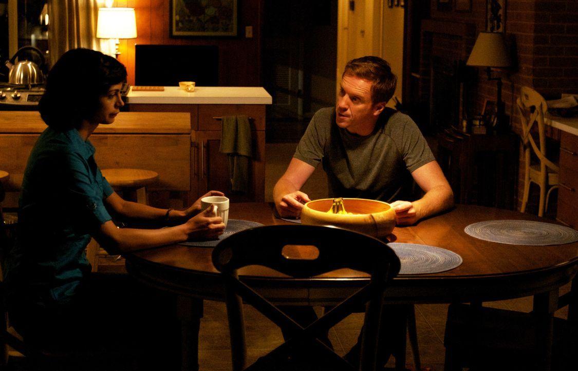 Jessicas (Morena Baccarin, l.) und Nicholas (Damian Lewis, r.) gemeinsamer Alltag besteht nur noch aus Geheimnissen und belanglosen Gesprächen ... - Bildquelle: 2011 Twentieth Century Fox Film Corporation. All rights reserved.
