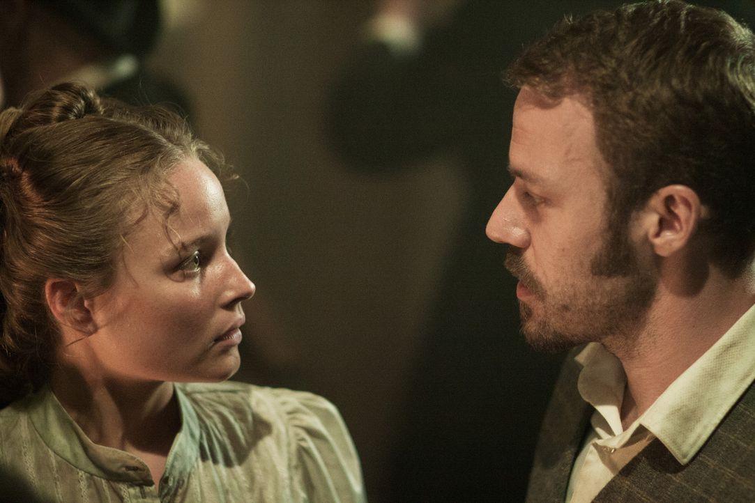 Jack the Ripper: Falk Hentschel als Inspector Frederick Abberline - Bildquelle: SAT.1