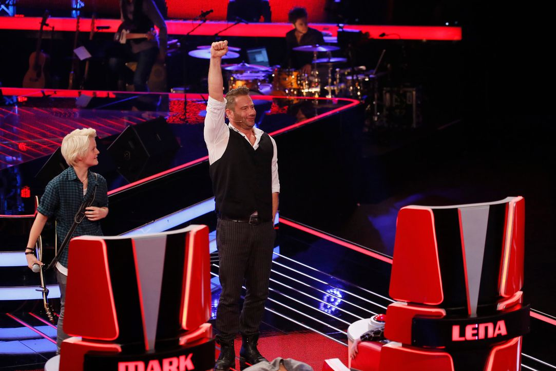 The-Voice-Kids-s04e02-Felix-2-SAT1-Richard-Huebner - Bildquelle: © SAT.1/ Richard Hübner