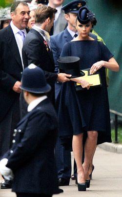 William-Kate-Westminster-Abbey-David-Victoria-Beckham2-11-04-29-250_404_AFP - Bildquelle: AFP