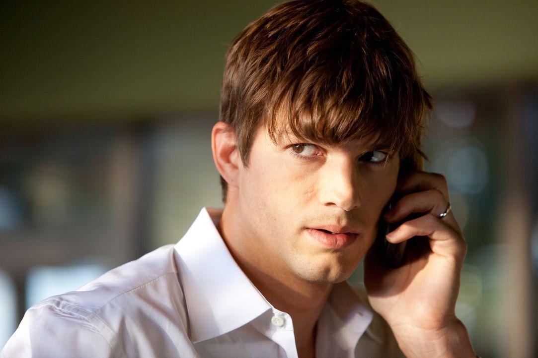 Jeder in der Nachbarschaft kann ein Killer sein, jeder kann ihm nach dem Leben trachten: Ex-Geheimagent Spencer Aimes (Ashton Kutcher) ... - Bildquelle: Kinowelt GmbH