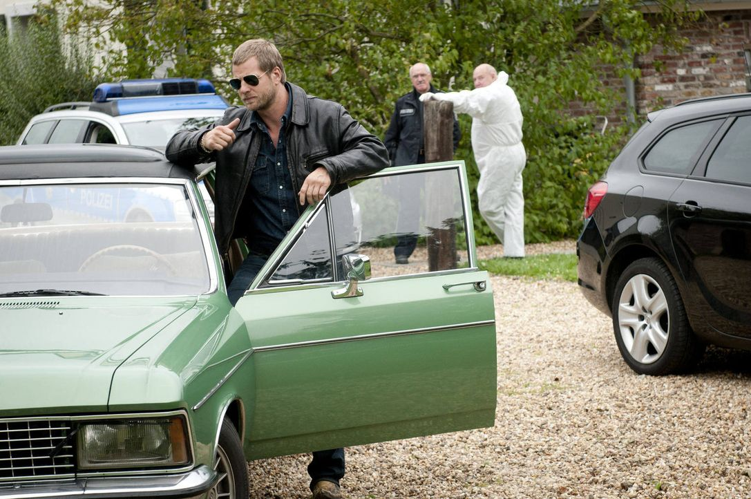 (3. Staffel) - Nach wie vor hält Mick (Henning Baum) nichts von den neuen Ermittlungsmethoden. Er vertraut nur seinen eigenen Regeln ... - Bildquelle: Martin Rottenkolber SAT.1