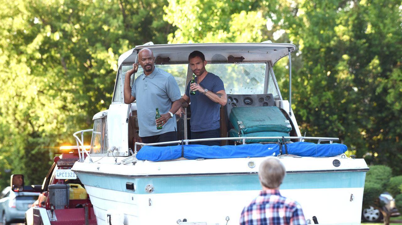 Roger Murtaugh (Damon Wayans, l.); Wesley Cole (Seann William Scott, r.) - Bildquelle: 2018 Warner Bros. Entertainment Inc. All Rights Reserved.