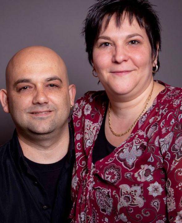 Auch nach vielen Ehejahren ist das Brautpaar Cavaliere immer noch glücklich. Jetzt wollen sie ihr Ja-Wort noch einmal erneuern und alles soll genau... - Bildquelle: privat