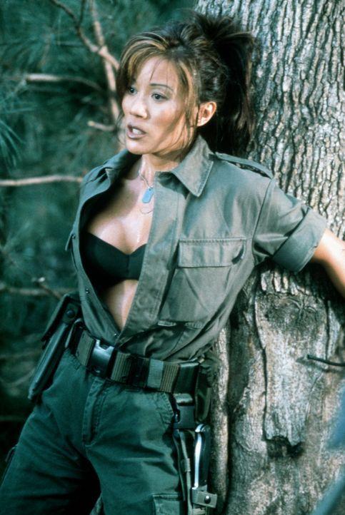 Aufgrund einer Fehlfunktion werden die Soldaten gentechnisch massiv verändert. Dennoch plant Maggie (Kiana Tom), den Kampf gegen die entfesselten U... - Bildquelle: Columbia TriStar Film GmbH