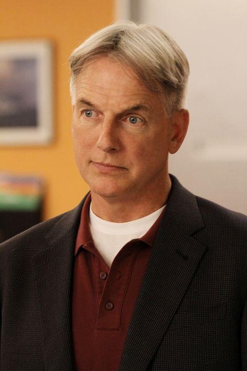 Muss mit seinem Team einen neuen Fall aufdecken: Gibbs (Mark Harmon) ... - Bildquelle: CBS Television