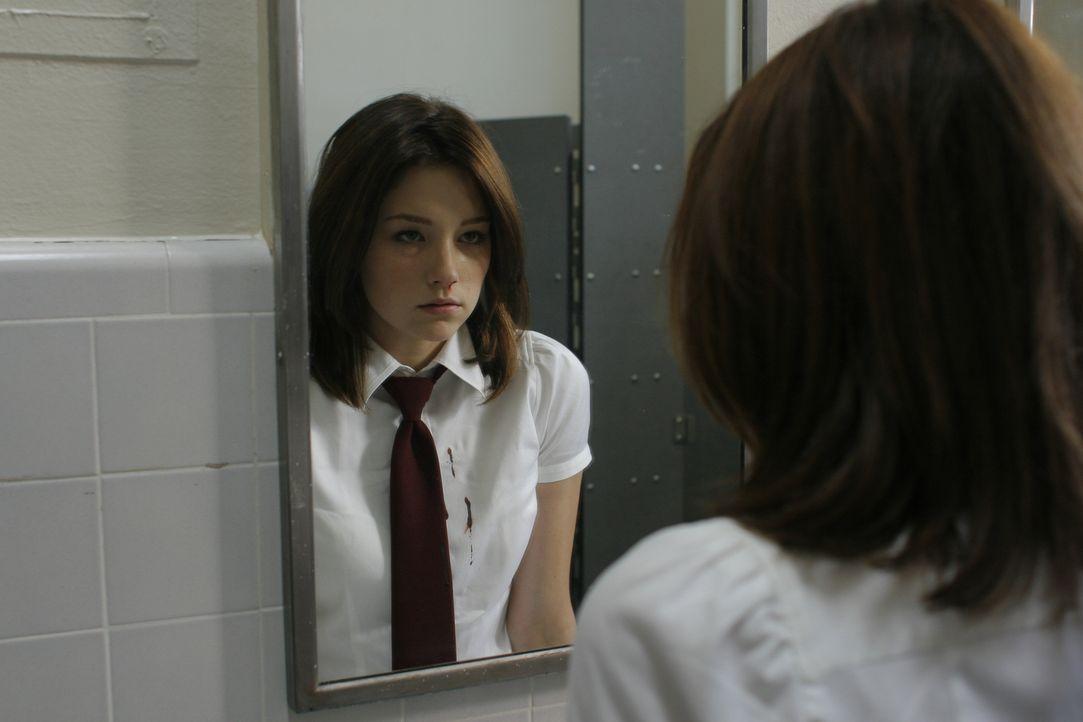 Blutige Visionen quälen die 17-jährige Molly (Haley Bennett), deren Mama nach einem Mordversuch an der Tochter in der Psychiatrie hockt ... - Bildquelle: Odd Lot International