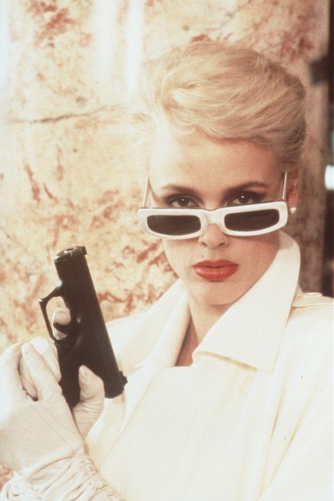 Räuberchefin Karla (Brigitte Nielsen) mit ihrer schärfsten Waffe - ihrem Augenaufschlag ... - Bildquelle: Paramount Pictures