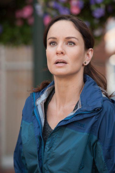 Wirbelsturmjägerin und Meteorologin Allison (Sarah Wayne Callies) begibt sich auf eine gefährliche Mission, von der nicht alle lebend zurückkommen w... - Bildquelle: 2014 © Warner Bros.