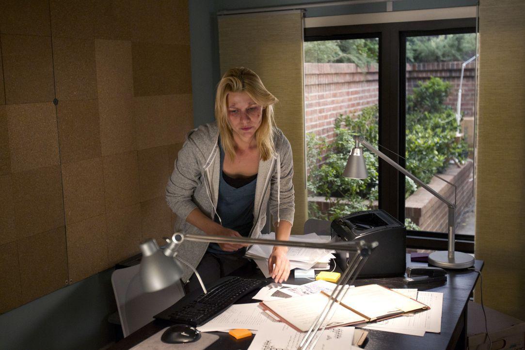 Ihre Befürchtungen lassen Carrie (Claire Danes) wilde Spekulationen und geniale Einfälle entwickeln ... - Bildquelle: 20th Century Fox International Television