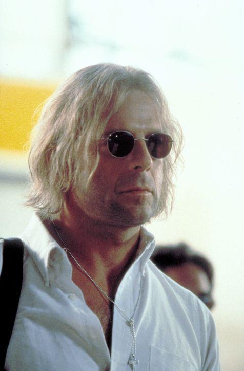 Kein Geheimdienst der Welt kennt die wahre Identität des legendären Schakals (Bruce Willis), trotzdem geht der tödlichste Auftragskiller der Welt...