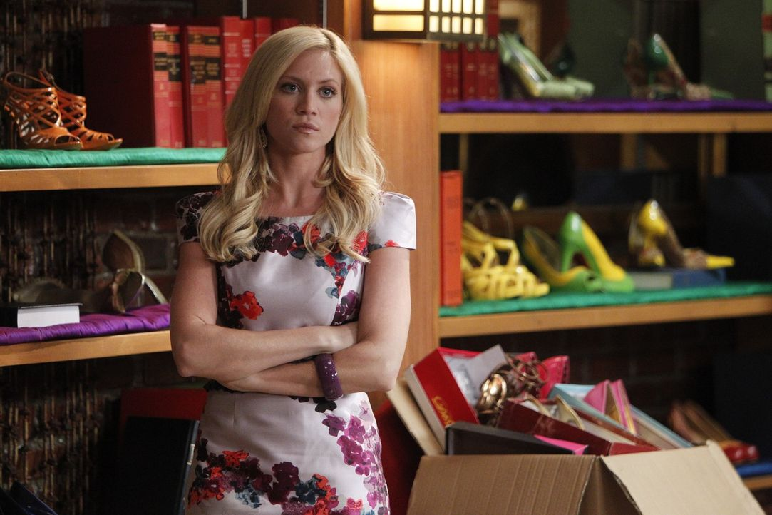 Jenna's (Brittany Snow) Wagen wird gestohlen und wenig später durch die Schwester des Diebes zurück gebracht in der Hoffnung dass die Kanzlei ihre... - Bildquelle: Warner Bros. Television