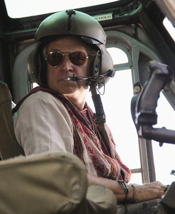 Die Rettung von Steve läuft auf Hochtouren: Frank Bama (Jimmy Buffett) ... - Bildquelle: TM &   CBS Studios Inc. All Rights Reserved.