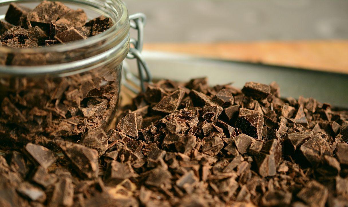 chocolate-2224998_1920
