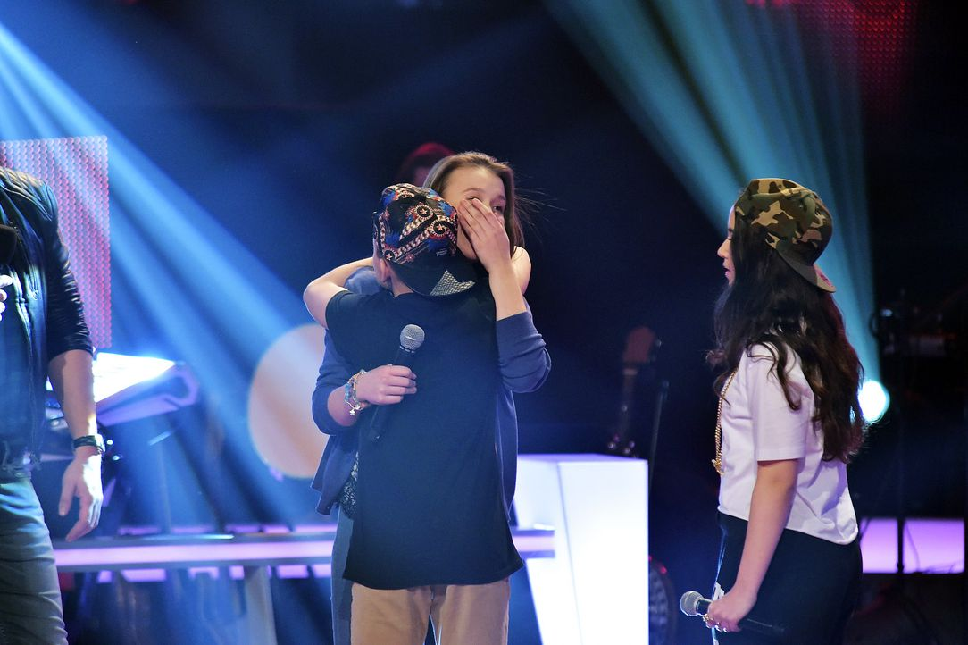 The-Voice-Kids-Stf03-Epi06-Auftritte-31-Antonia-Alberina-Keanu-SAT1-Andre-Kowalski - Bildquelle: SAT.1/Andre Kowalski