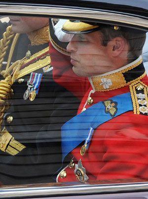 William-Kate-Einzug-Kirche-Prince-William2-11-04-29-300_404_AFP - Bildquelle: AFP