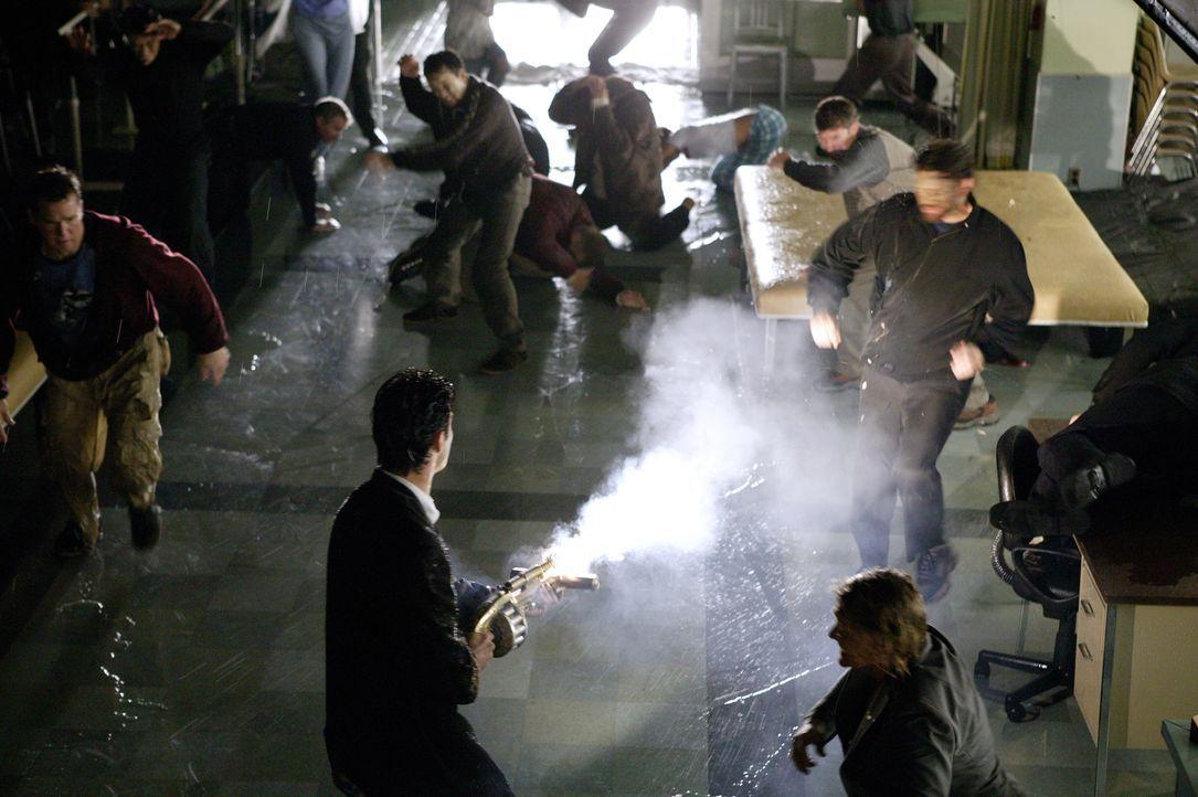 Um sich vor der Hölle zu schützen, bekämpft John Constantine alles Leben aus der Unterwelt ... - Bildquelle: Warner Brothers