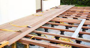 Holzterrasse selber bauen: Tipps - SAT.1 Ratgeber